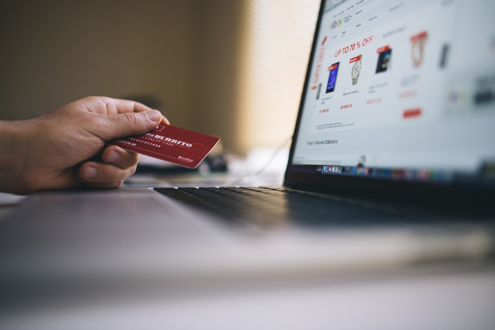 How to Add Related Products to Your Shopify Store